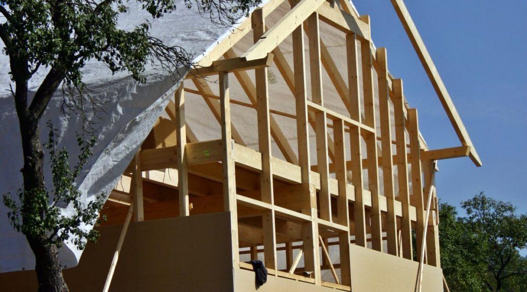 Toit d'une maison en construction